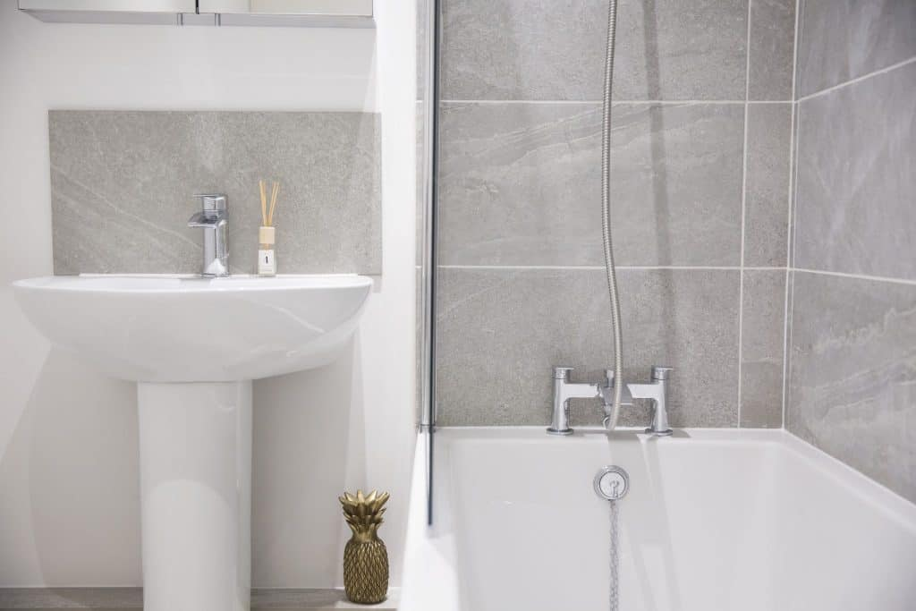 WPJ heating bathroom installation london