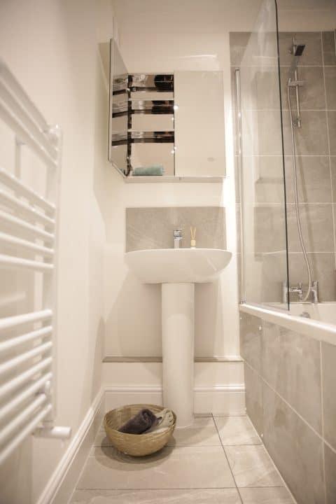 WPJ heating bathroom installation